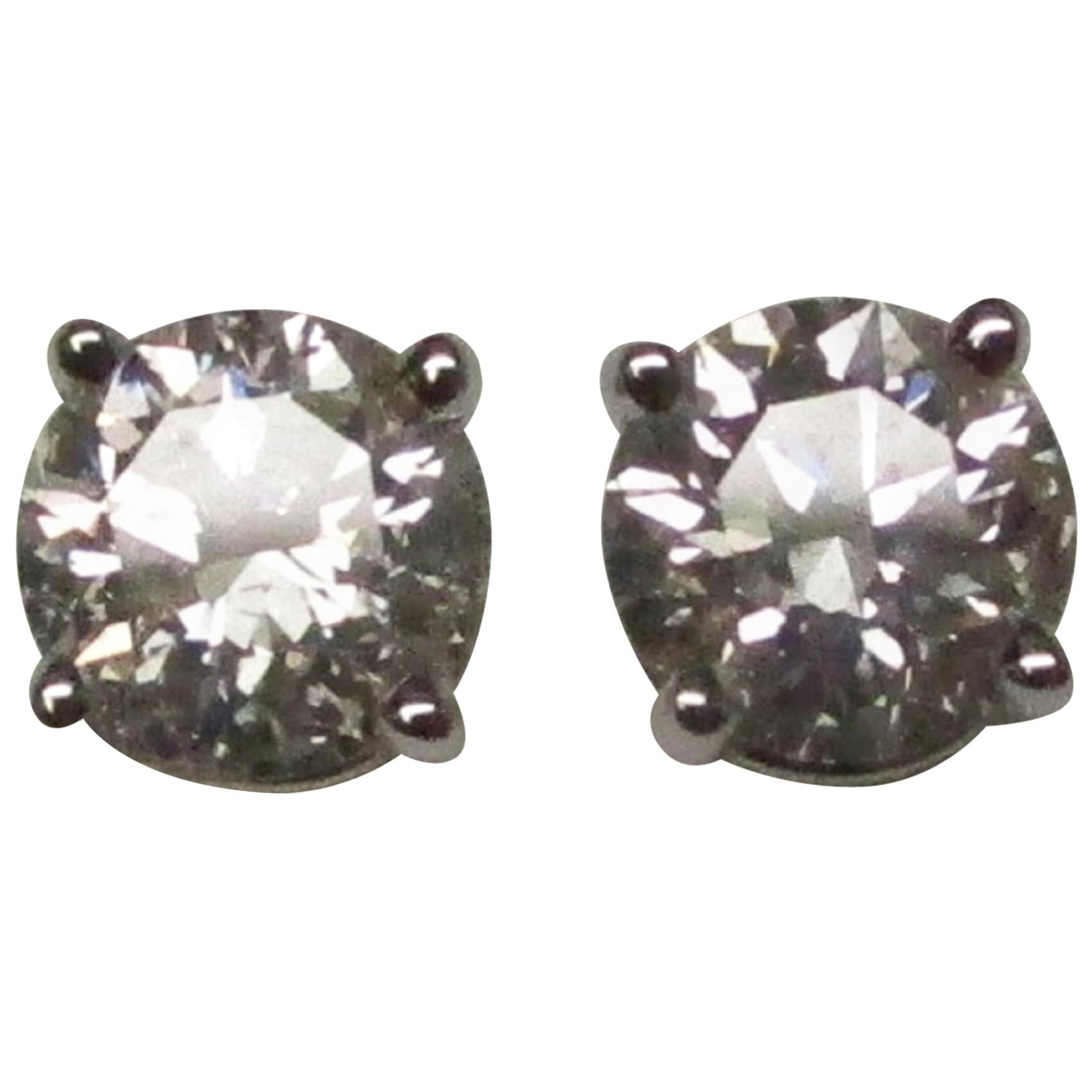 Diamond 14 Karat White Gold Stud Earrings