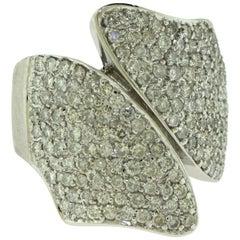 Diamond 14 Karat White Gold Large Bowtie Cocktail Ring