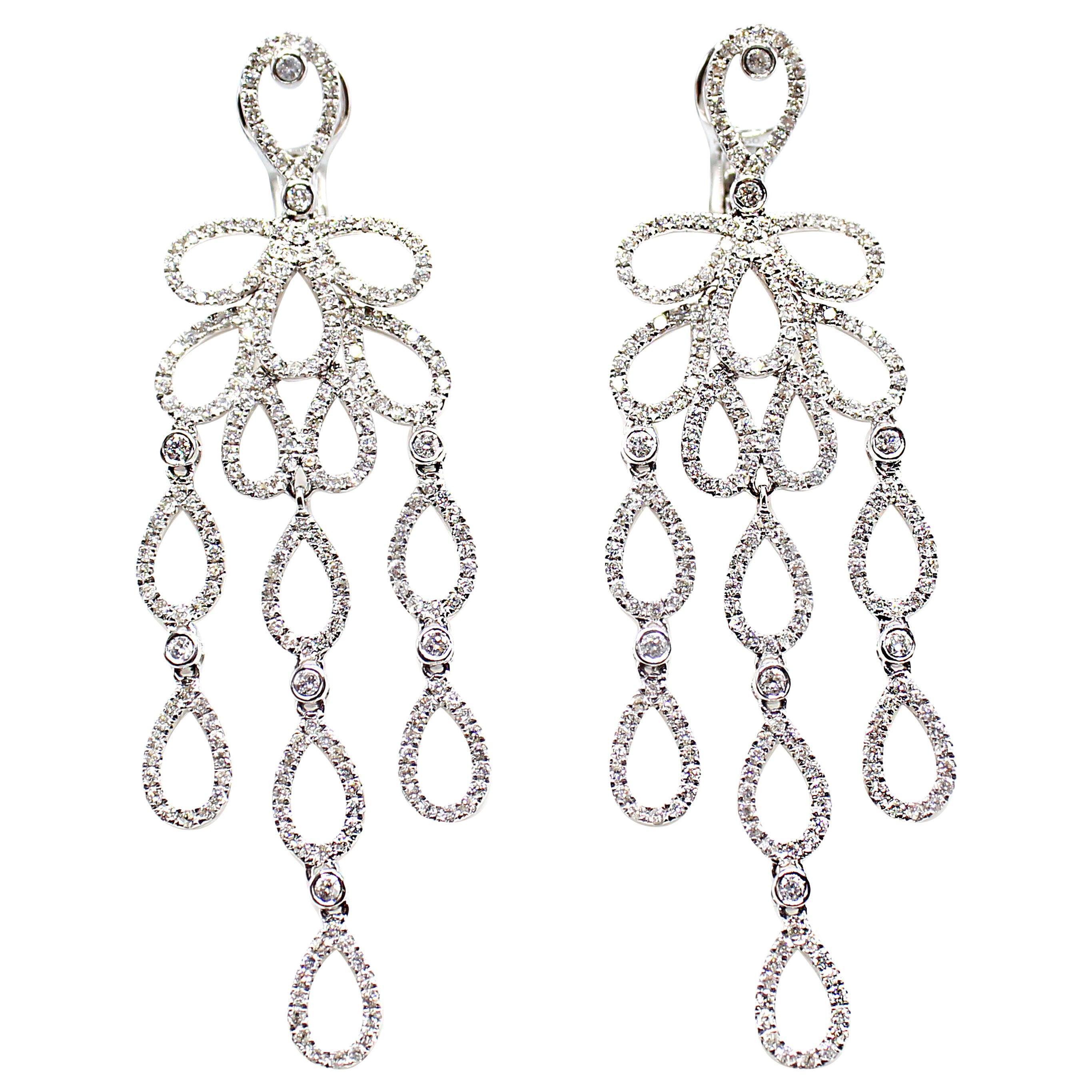 Diamond 18 Karat White Gold Pendant Earrings
