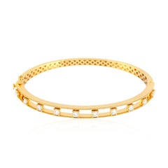 Diamond 18 Karat Yellow Gold Bangle