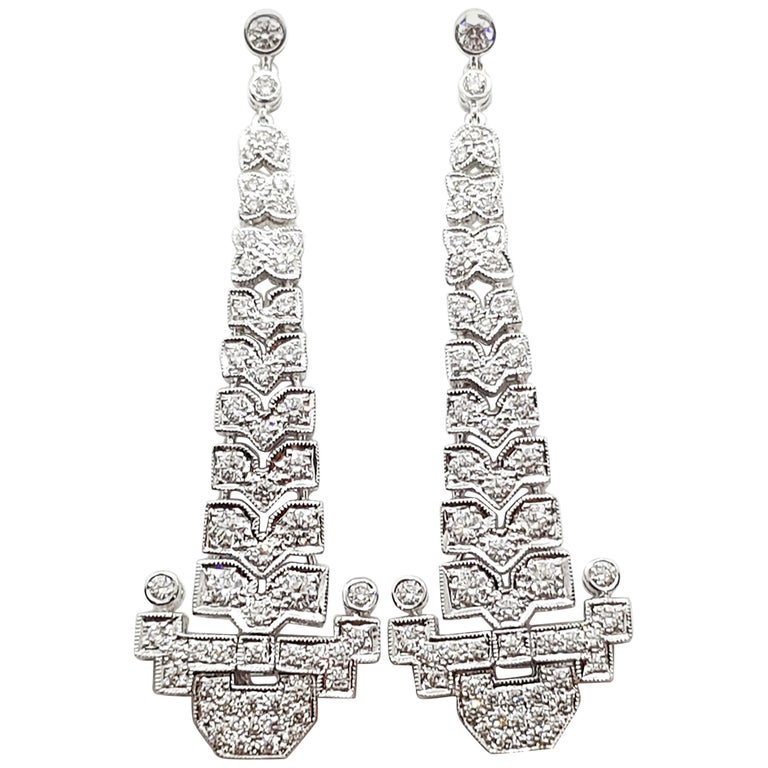 Diamond 2.14 Carat Earrings Set in 18 Karat White Gold Settings For Sale