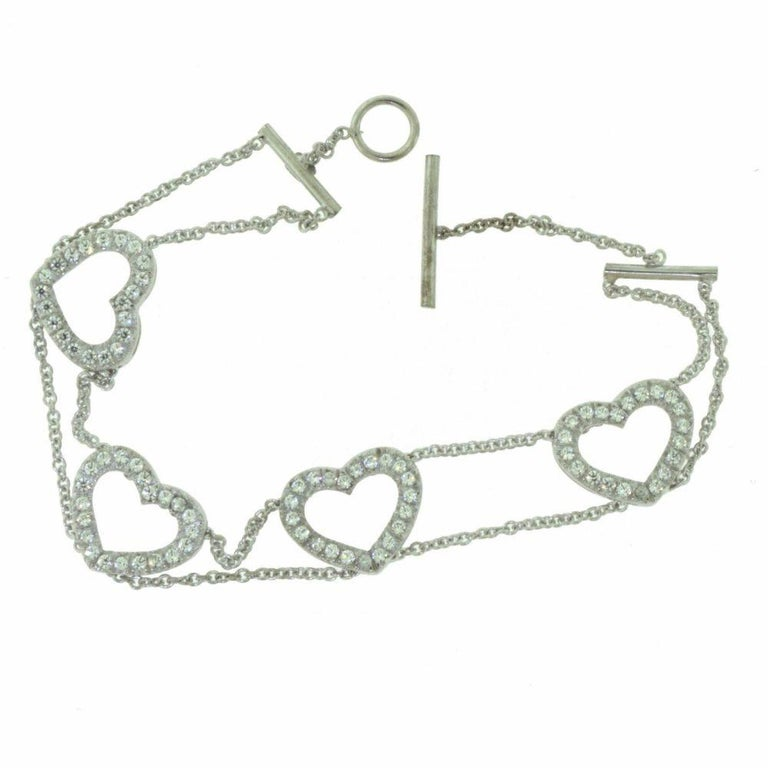 Diamond Accent Heart Shaped in 18 Karat White Gold Link Bracelet In Good Condition For Sale In Miami, FL