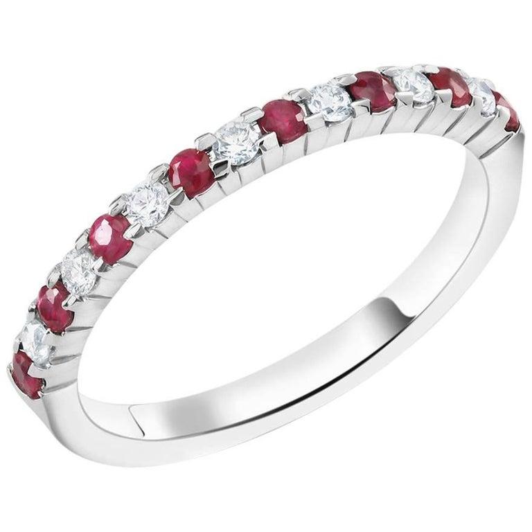 Diamond Alternating Ruby Partial 15 Stone Eighteen Karat Gold Ring  For Sale