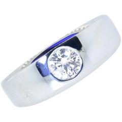 Diamond and 18 Karat White Gold Vintage Ring, circa 1960