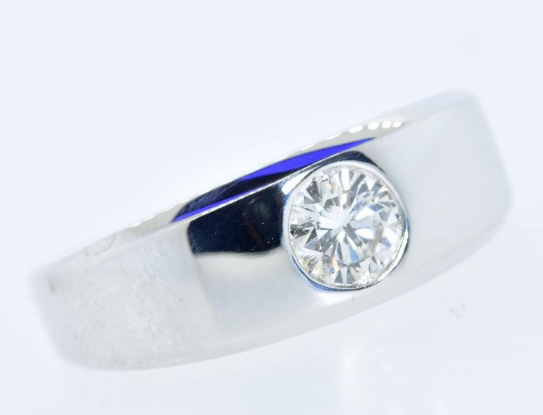 Brilliant Cut Diamond and 18 Karat White Gold Vintage Ring, circa 1960