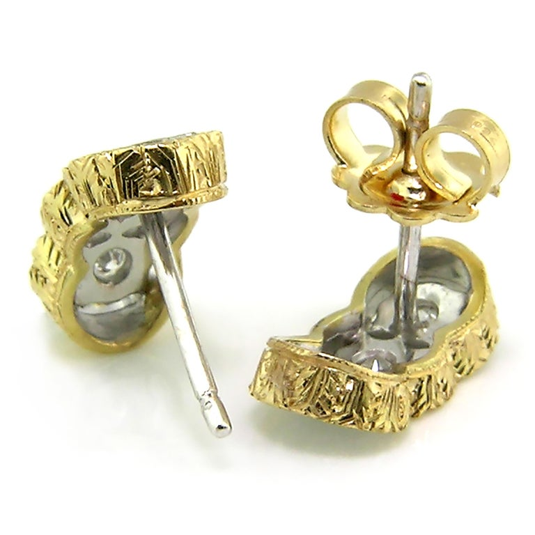 Diamond and 18kt Hand-Engraved Stud Earrings, Handmade in Italy In New Condition For Sale In Logan, UT
