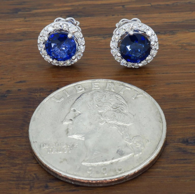 Women's or Men's Diamond and Blue Sapphire Stud Earrings For Sale