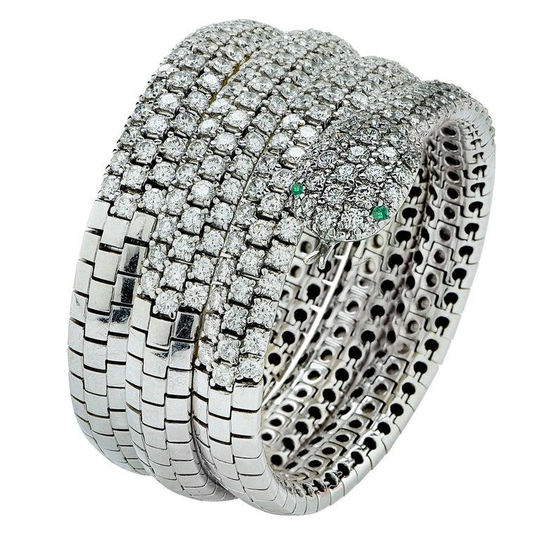Diamond and Emerald 18 Karat White Gold Snake Bangle For Sale