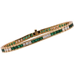 Diamond and Emerald 18 Karat Yellow Gold Bracelet