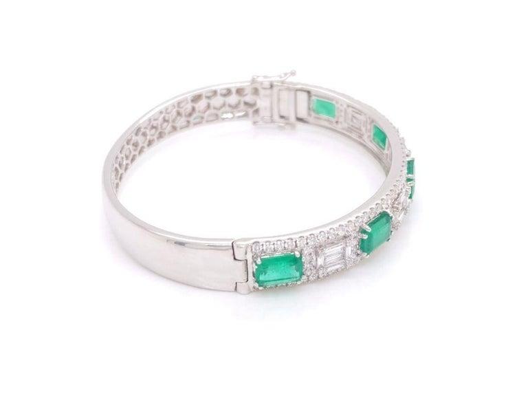 Emerald Cut Diamond and Emerald Bangle Bracelet For Sale