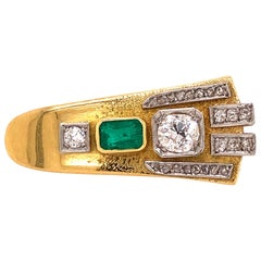 Diamond and Emerald Yellow Gold Brooch, 1920s