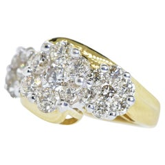 Diamond and Gold 3 Floral Motif Ring