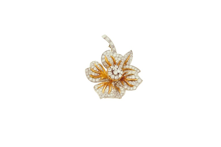 Round Cut Diamond and Gold Flower Brooch For Sale