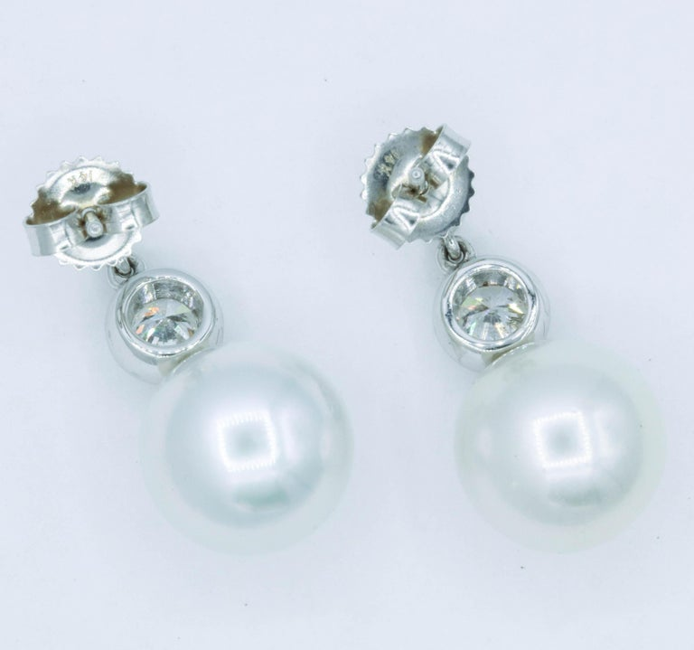 Diamond and Pearl Drop Earrings, 0.92 Carat In New Condition For Sale In New York, NY