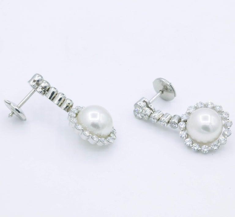 Round Cut Diamond and Pearl Drop Earrings, 1.55 Carat For Sale