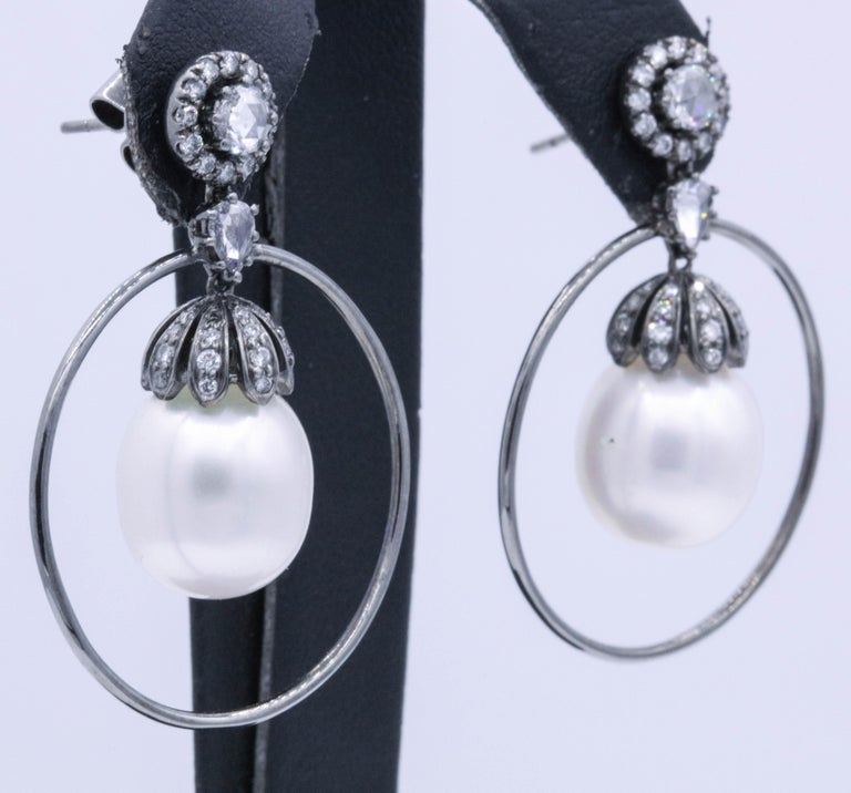 Round Cut Diamond and Pearl Hoop Earrings 1.58 Carat 18K White Gold For Sale