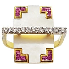 Diamond and Pink Sapphire Ring Set in 18 Karat Gold by Kavant & Sharart
