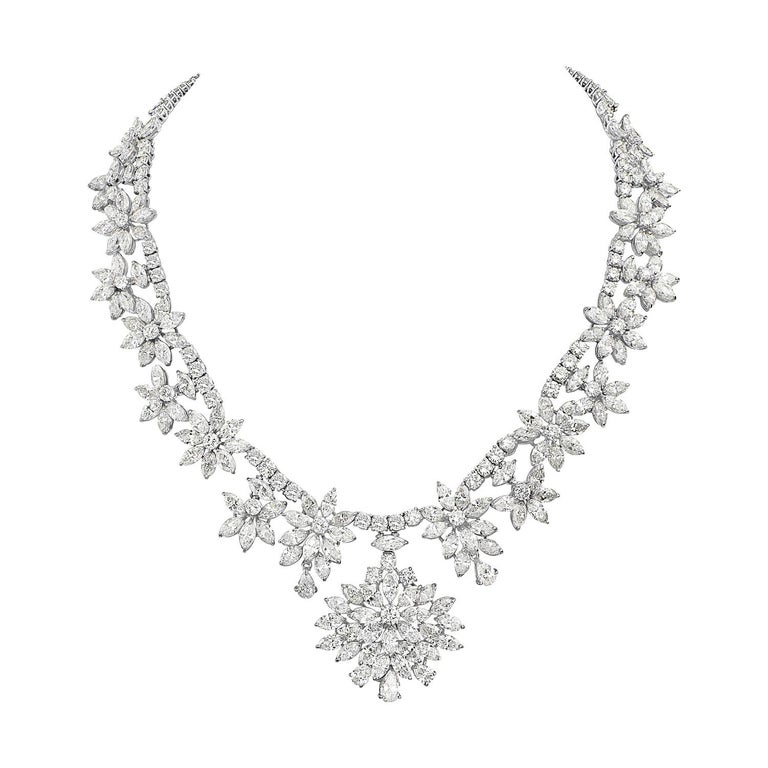 Diamond and Platinum Cluster Wreath Necklace For Sale