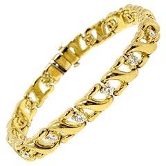 Diamond and Ribbon Motif Link Bracelet 18 Karat Yellow Gold 2.02 Carats Total