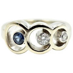 Diamond and Sapphire Ring 14 Karat White Gold
