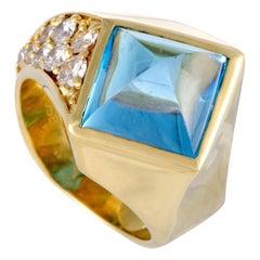 Diamond and Topaz 18 Karat Yellow Gold Pyramid Ring