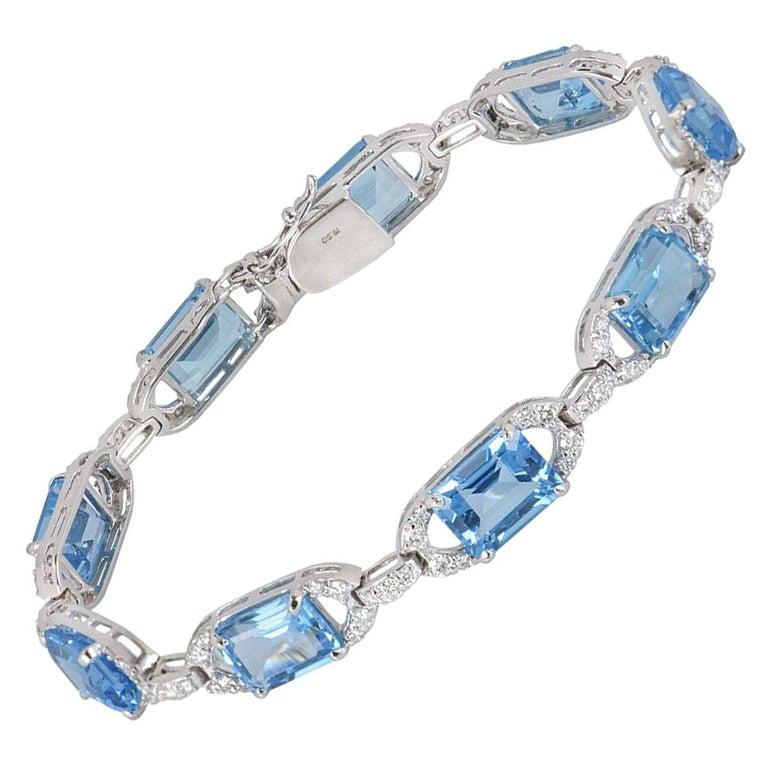 Diamond and Topaz Link Bracelet For Sale