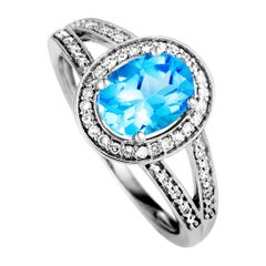 Diamond and Topaz White Gold Oval Ring