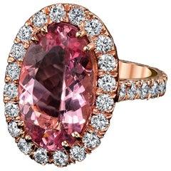 Diamond and Vivid Pink Morganite Oval '4.94 Carat' Ring 18 Karat Rose Gold