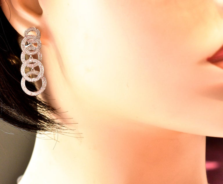 Contemporary Diamond and White Gold Dangling Earrings For Sale