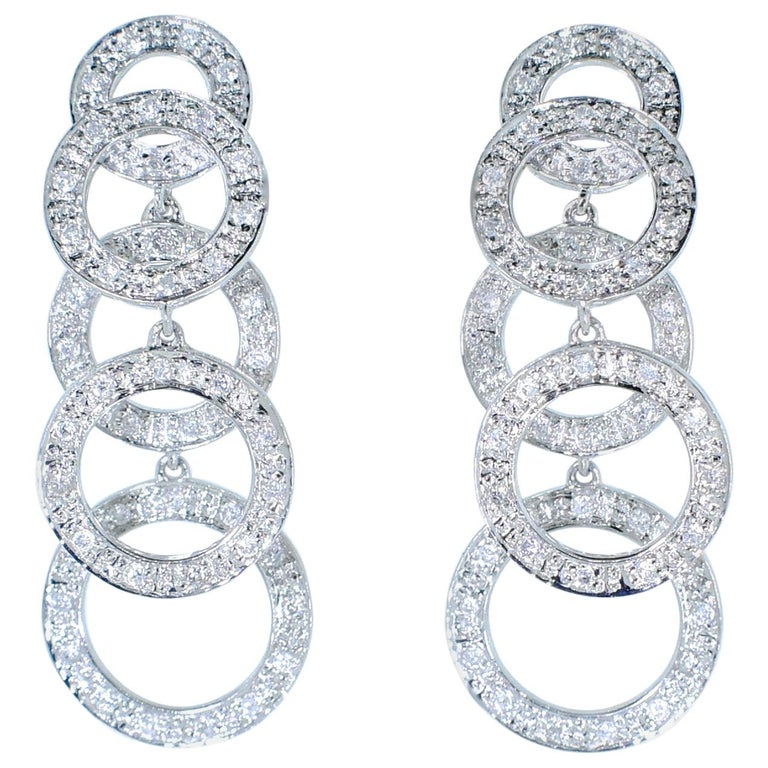 Diamond and White Gold Dangling Earrings For Sale