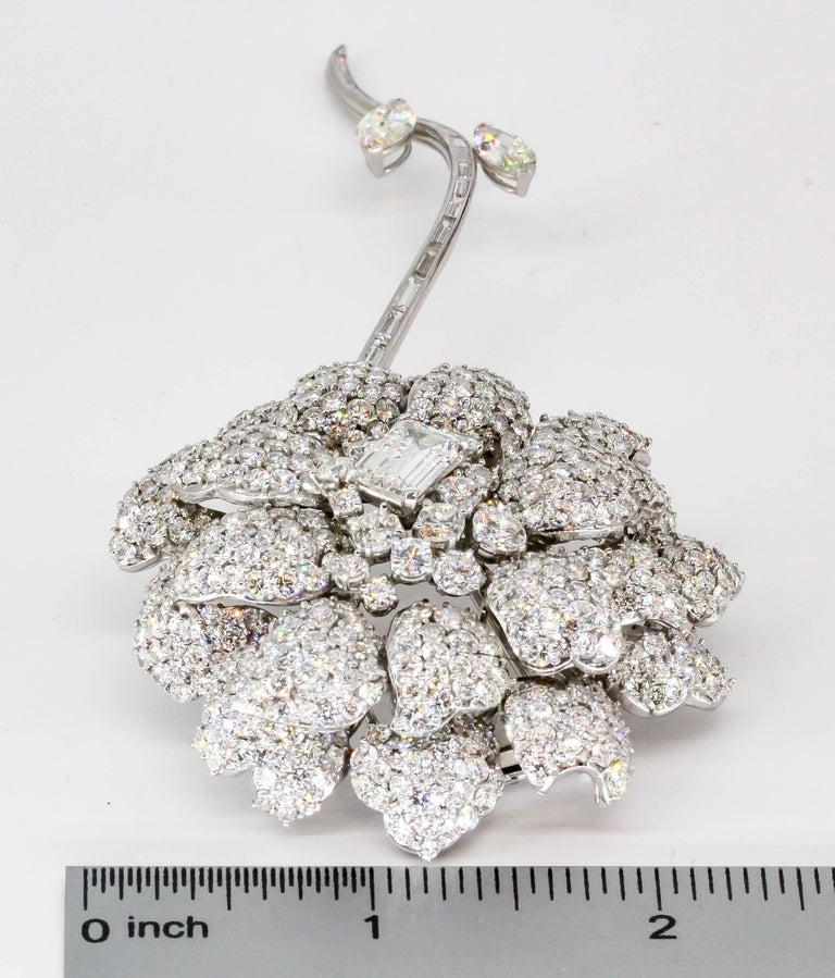Women's or Men's Diamond White Gold Flower Brooch Separating Stem For Sale