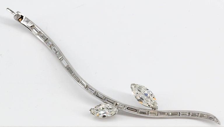 Diamond White Gold Flower Brooch Separating Stem For Sale 4