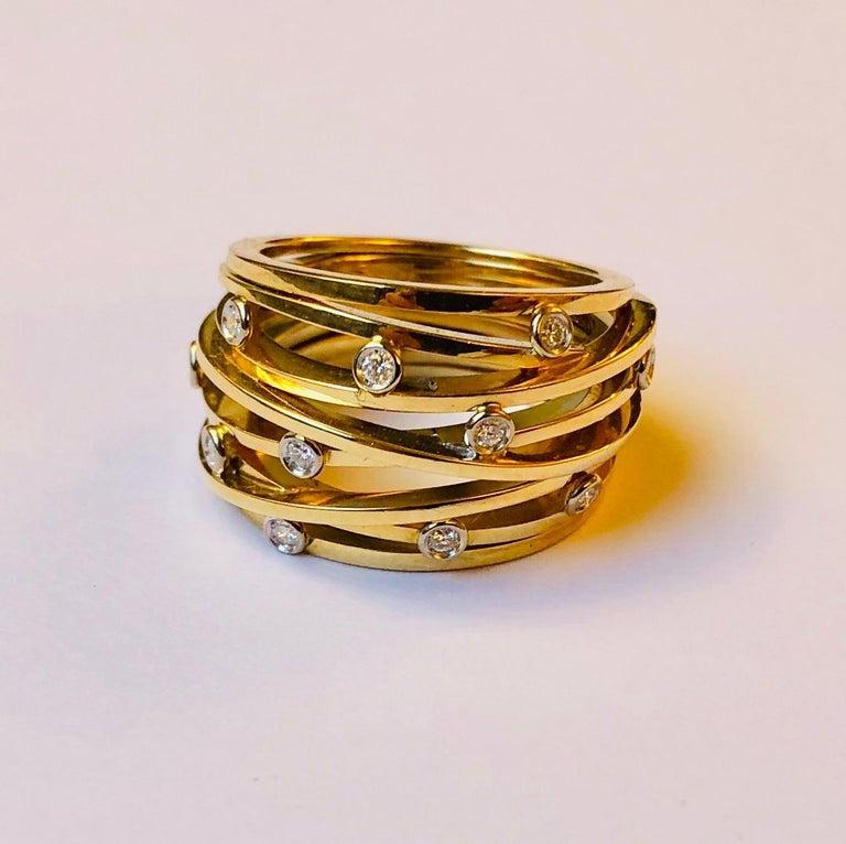 Round Cut Diamond and Yellow Gold Van der Veken Varens Ring For Sale