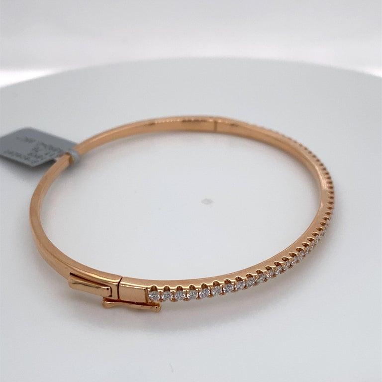 HARBOR D. Diamond Bangle Bracelet 0.85 Carat 18 Karat Rose Gold In New Condition For Sale In New York, NY