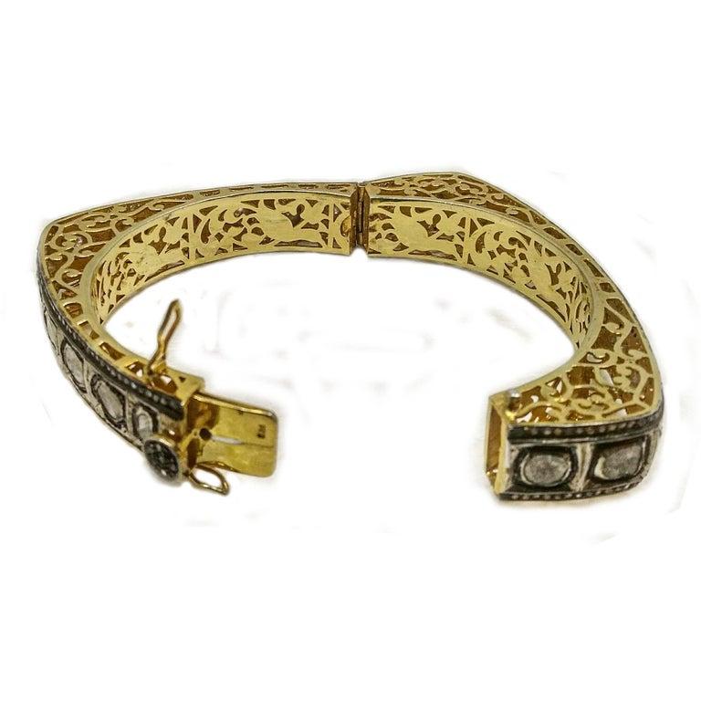 Women's or Men's 8.50 Carats Fancy Cut Diamond Mughal Style Bangle Bracelet For Sale