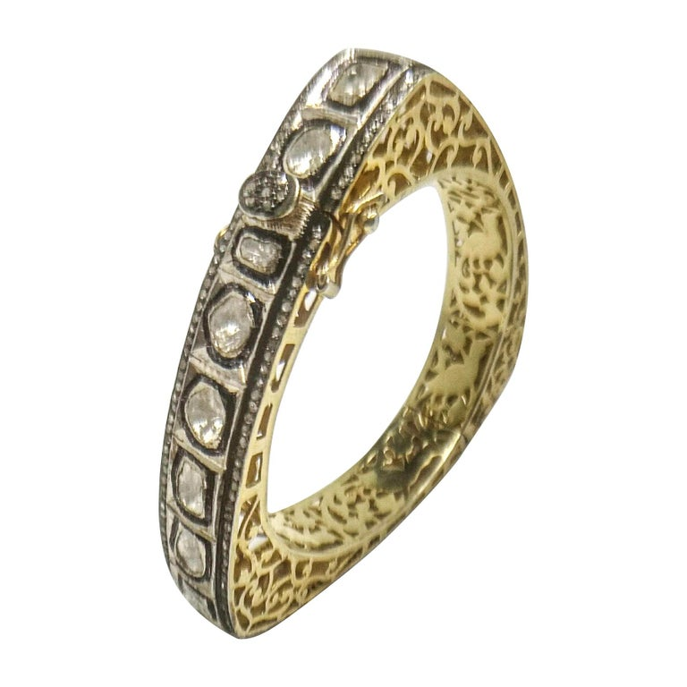 8.50 Carats Fancy Cut Diamond Mughal Style Bangle Bracelet For Sale