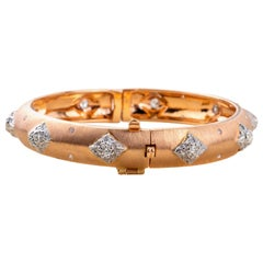 Diamond Bangle in 18 Karat Gold