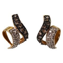 Diamond Black and White Gold Ribbon Earrings