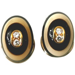 Diamond Black and White Stone on Yellow Gold 18 Karat Earclips