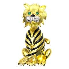 Diamond Black Enamel 18 Karat Yellow Gold Tiger Pin Brooch