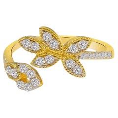 Diamond Bloom Ring in 18 Karat Gold