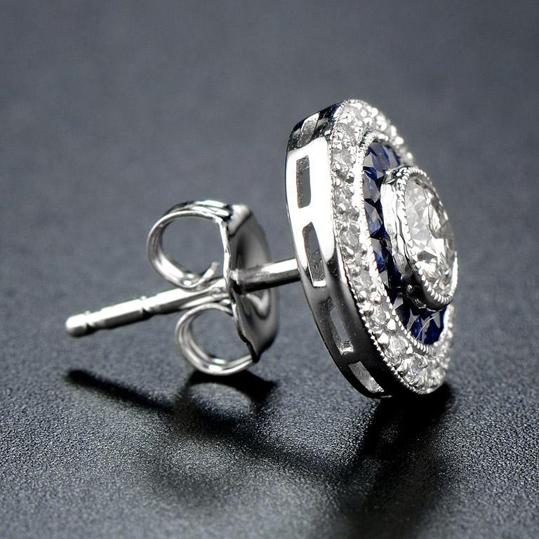 Round Cut Diamond Blue Sapphire Stud Earrings For Sale