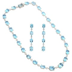 Diamond Blue Topaz 18 Karat White Gold Parure Necklace Earrings