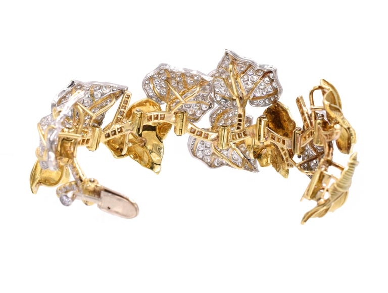 Round Cut Diamond Bracelet For Sale