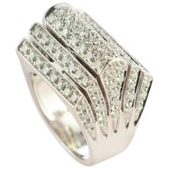 Diamond Brilliant 18 Karat White Gold AIG Certified Pyramid Crown Cluster Ring