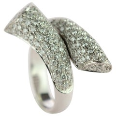 Diamond Brilliant 18 Karat White Gold AIG Certified Spiral Contrarié Ring