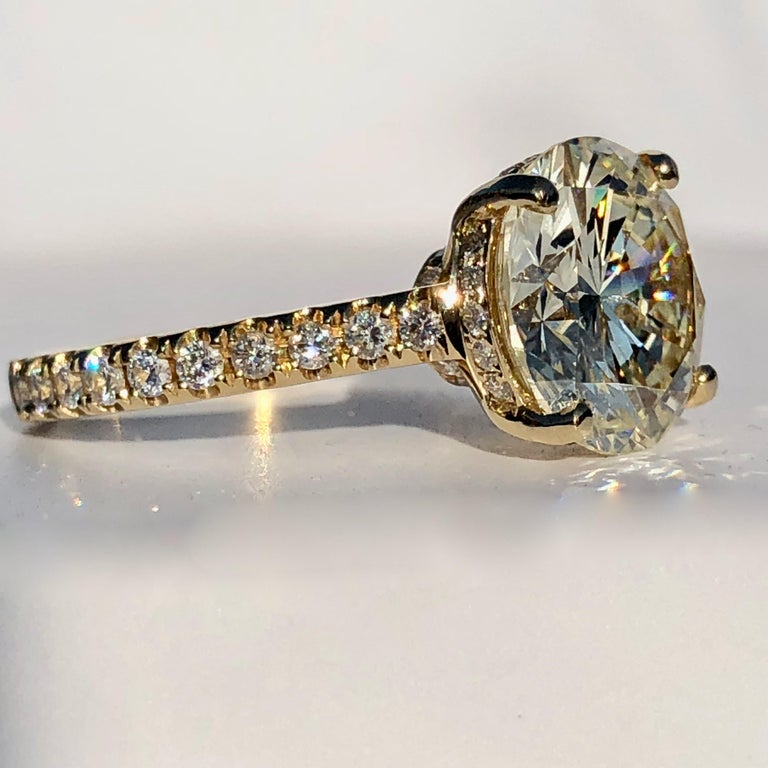 Diamond Brilliant Cut Solitaire Diamond Engagement Ring G.I.A M Colour 4.97ct TW In New Condition For Sale In London, GB