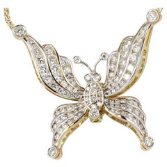 Diamond Butterfly Necklace in 18 Karat Yellow Gold
