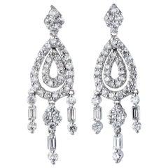 Diamond Chandelier Earrings Estate 18 Karat Gold Fringe Drops Vintage Jewelry