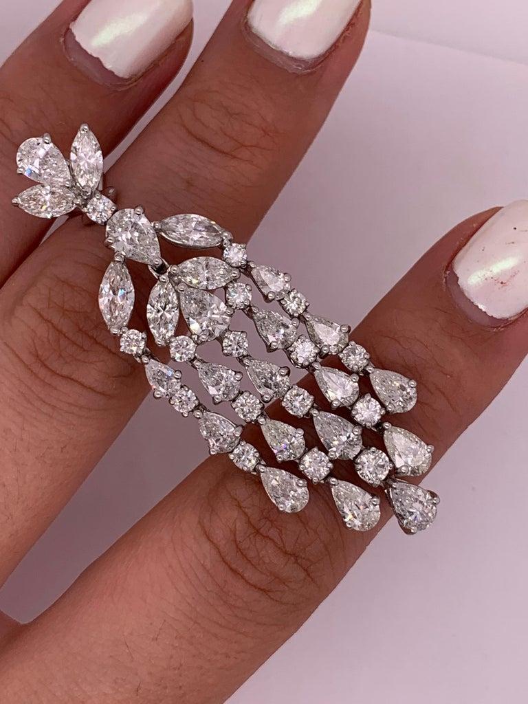 Women's Diamond Chandelier Earrings in Platinum For Sale